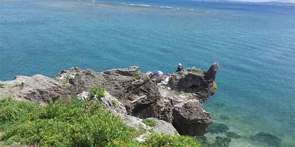 昼間の亀岩
